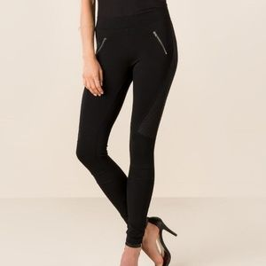 Francesca's Collections Pants - Quinn quilted moto legging